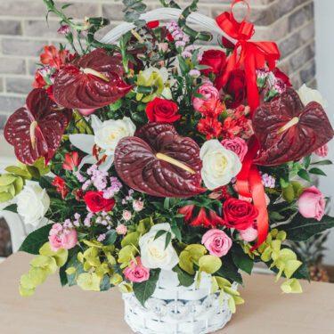 kosz kwiatowy duzy mieszany